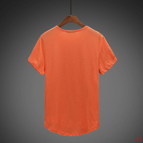 男生橙色卫衣搭配图片