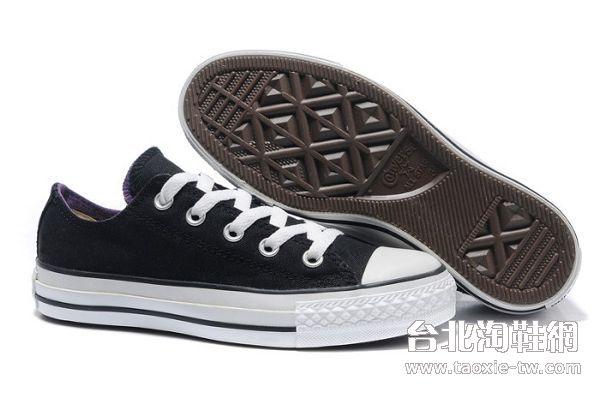 黑色低筒双舌款 女生休闲鞋
