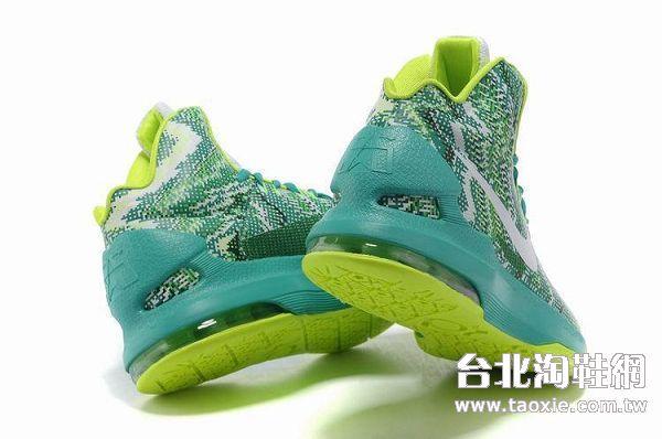 杜兰特球鞋5代七彩版